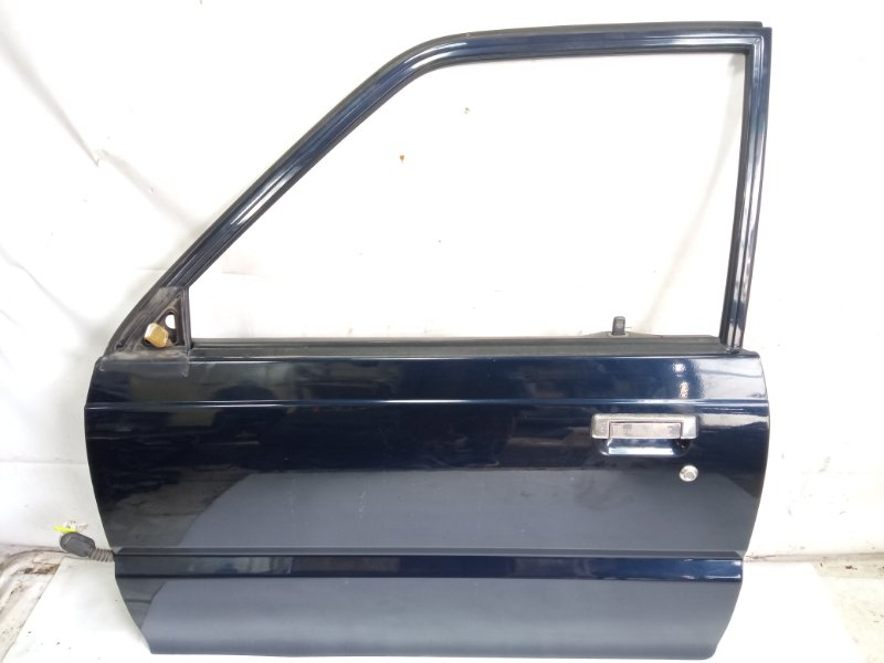 Дверь Mazda Proceed Marvie UVL6R WLT 1997 передняя левая
