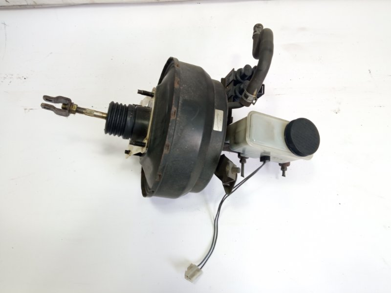 Главный тормозной цилиндр Mazda Proceed Marvie UVL6R WLT 1997