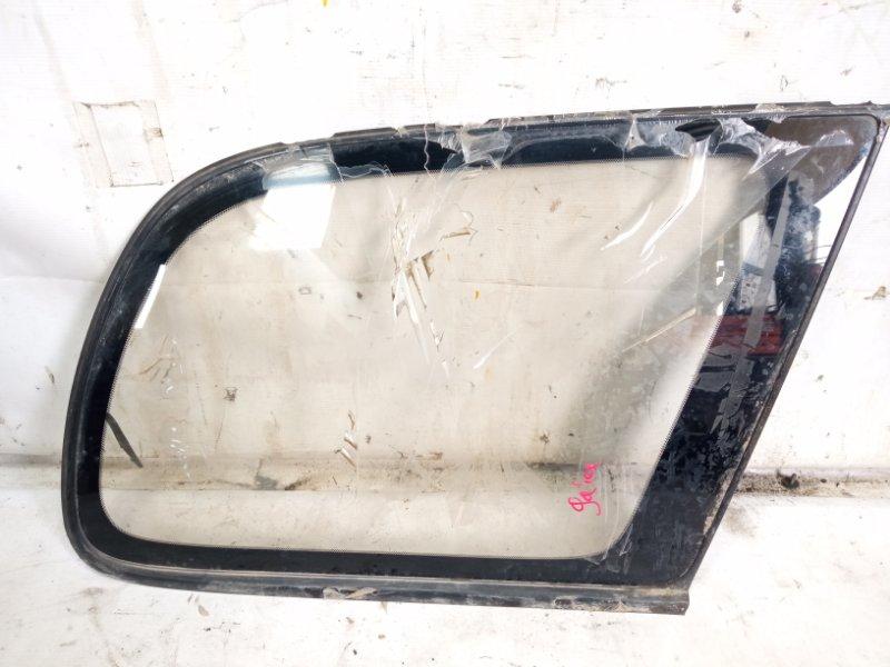 Стекло собачника Toyota Gaia SXM10 3CTE 2000 заднее правое
