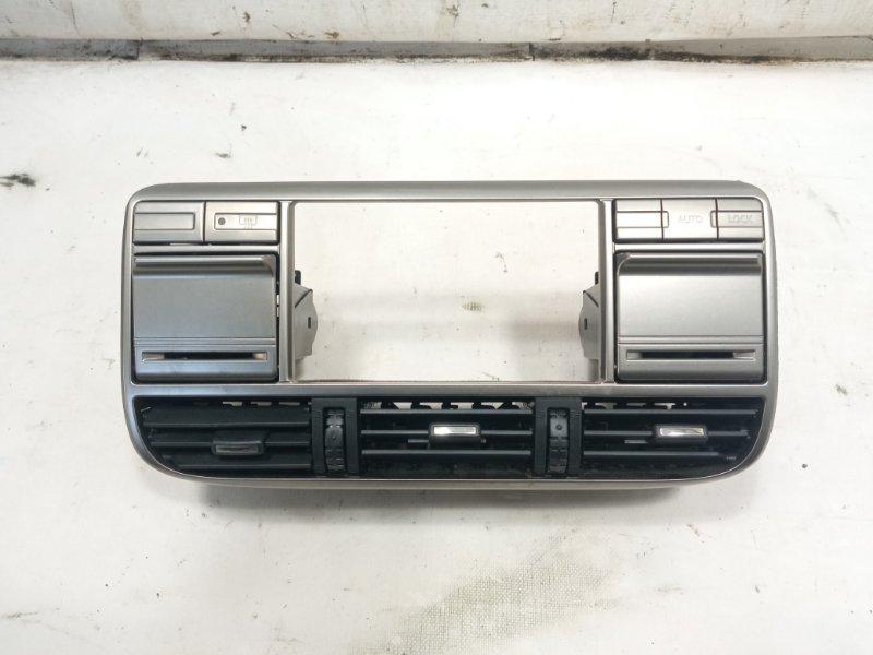 Консоль магнитофона Nissan Xtrail T30 SR20VET 2001