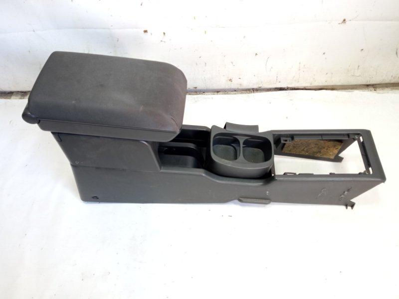 Бардачок между сиденьями Nissan Xtrail T30 SR20VET 2001