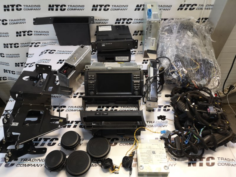 Комплект монитора + hi-fi Bmw 330Xi E46 XI M54B30 2002