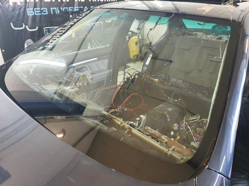 Стекло Bmw 5-Series E39 E39 M54B25 2003