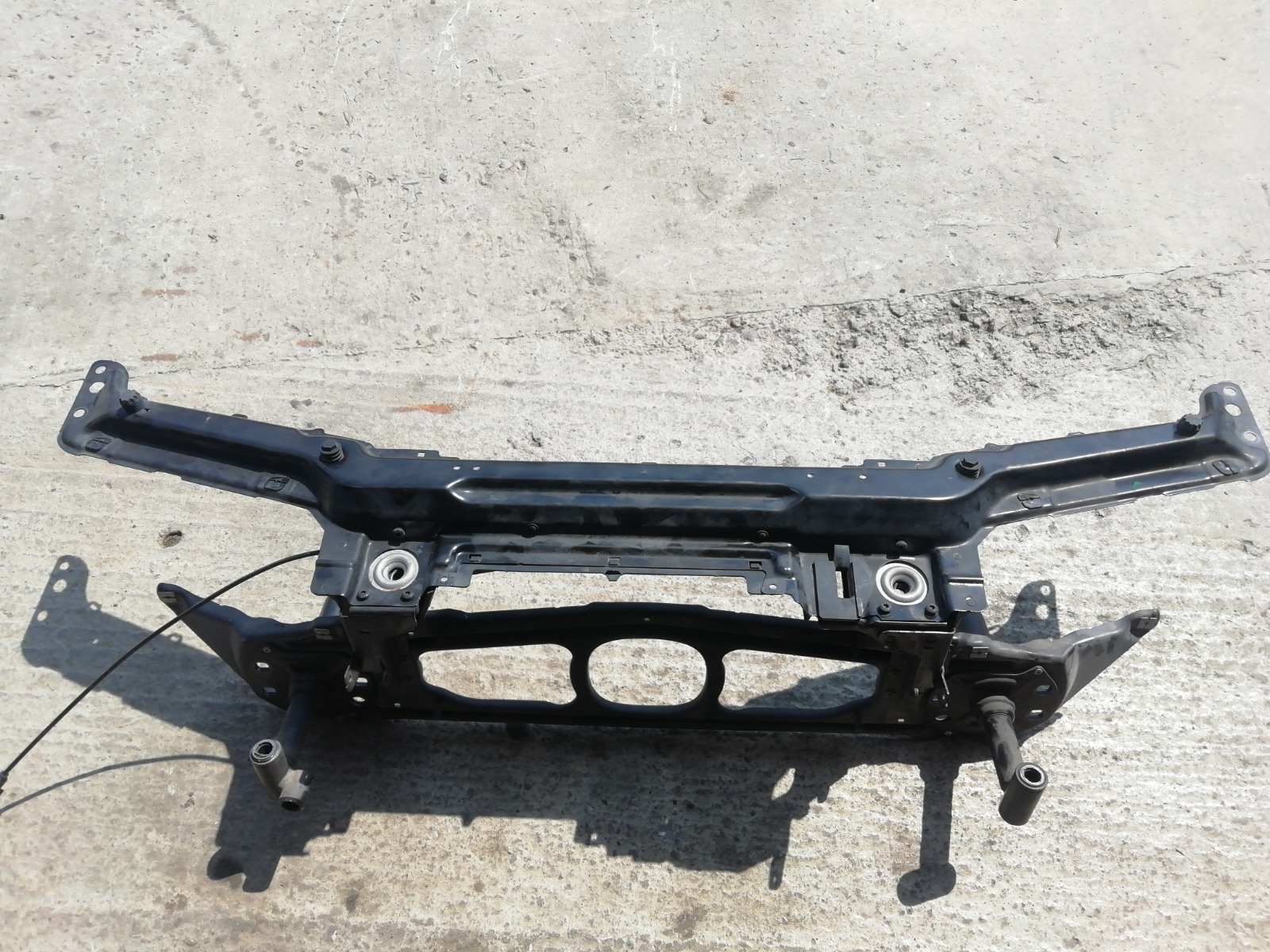 Щит передка (телевизор) Bmw E46 Compact
