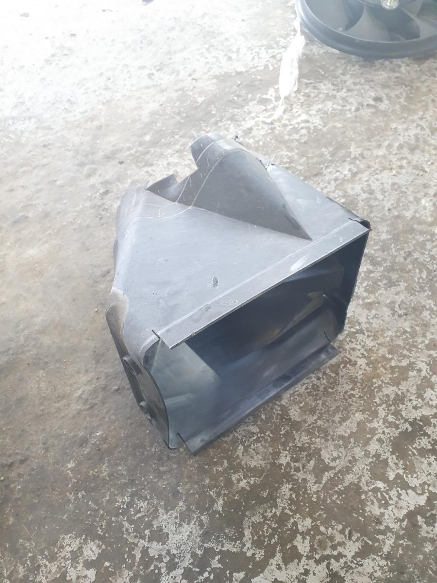 Воздуховод Volkswagen Passat