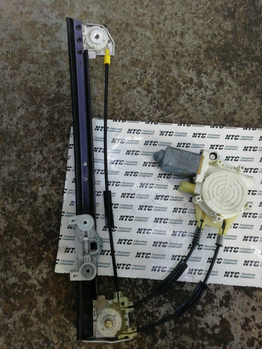 Стеклоподъемник Bmw E39 передний правый