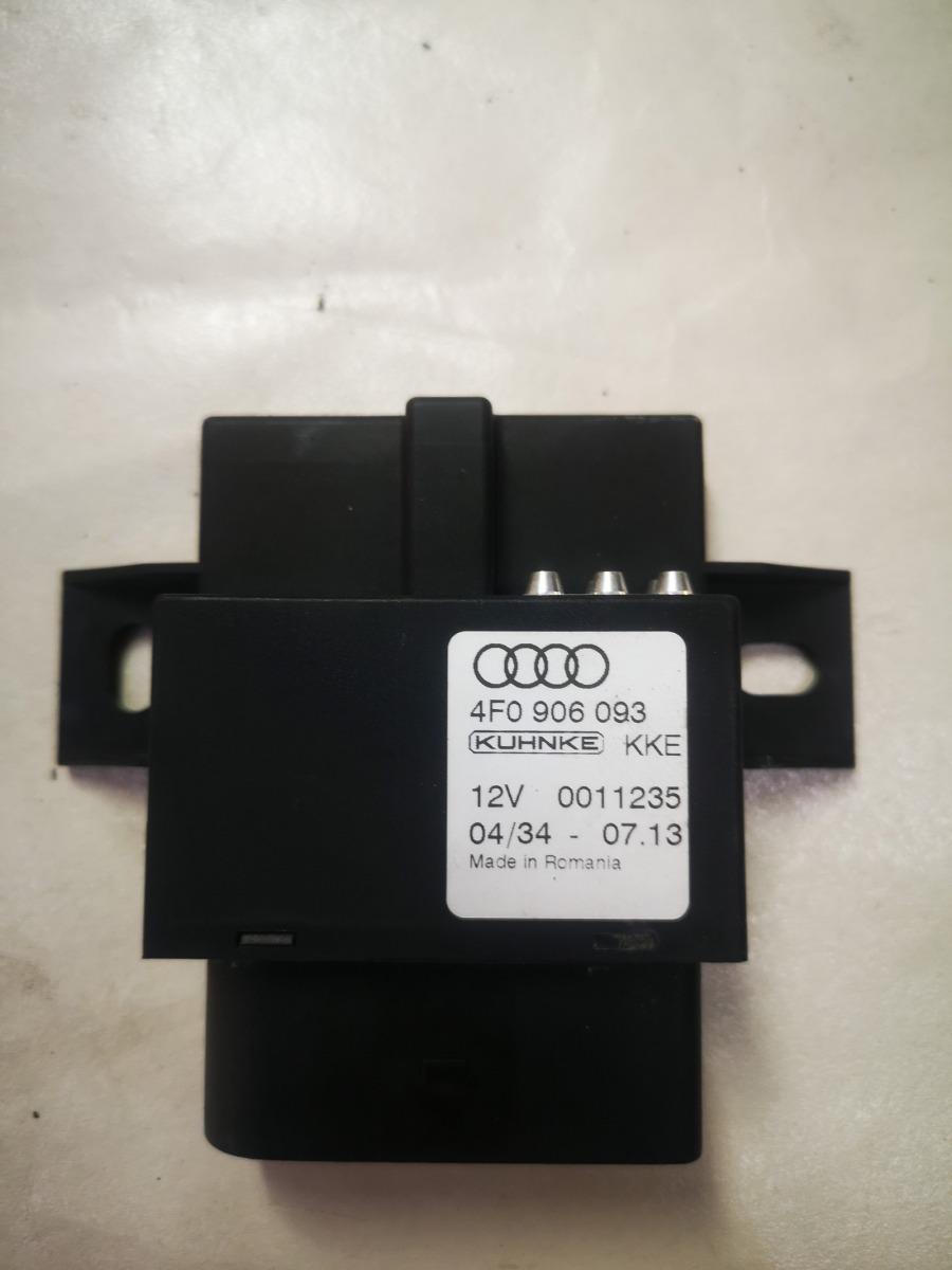 Блок управления бензонасосом Audi A6 C6