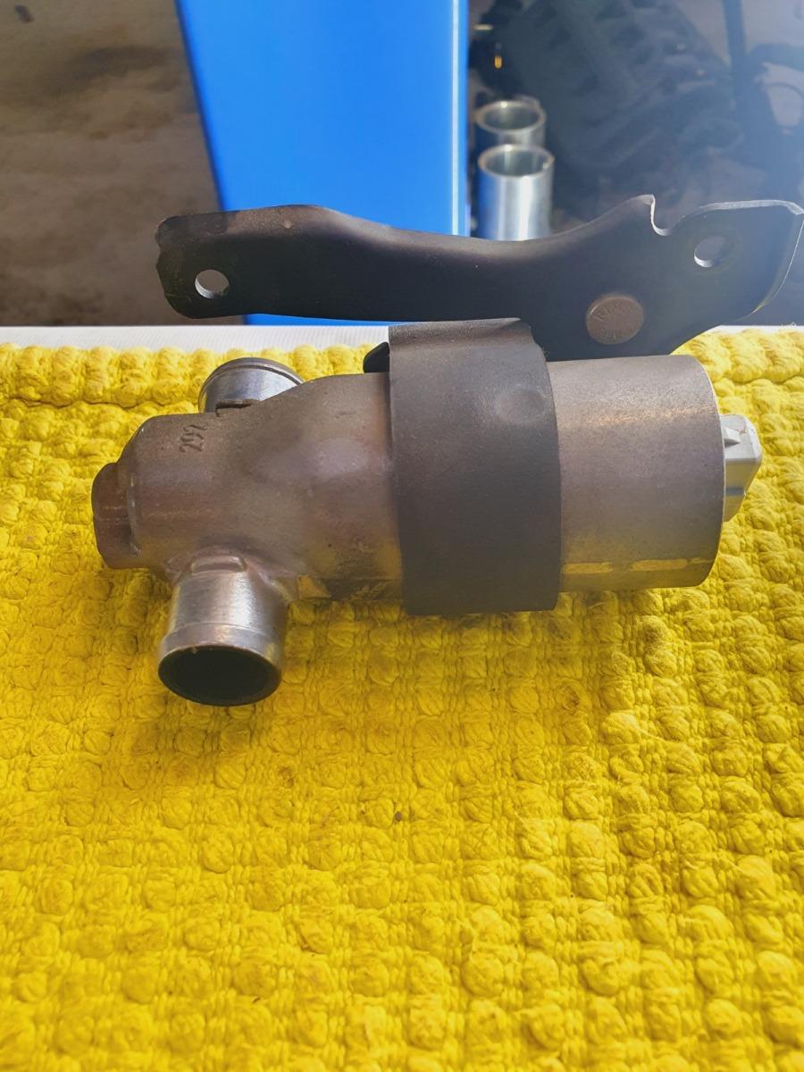 Клапан холостого хода Bmw 5-Series E39 E39 M54B30 2002