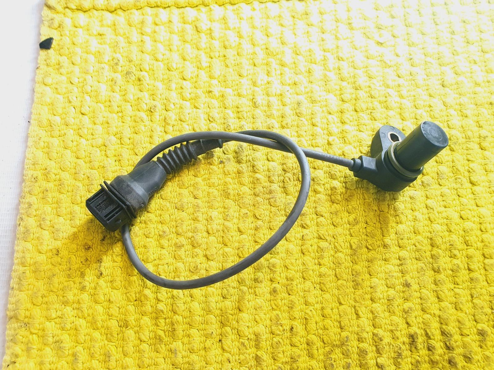 Датчик положения распредвала Bmw 5-Series E39 E39 M54B30 2002