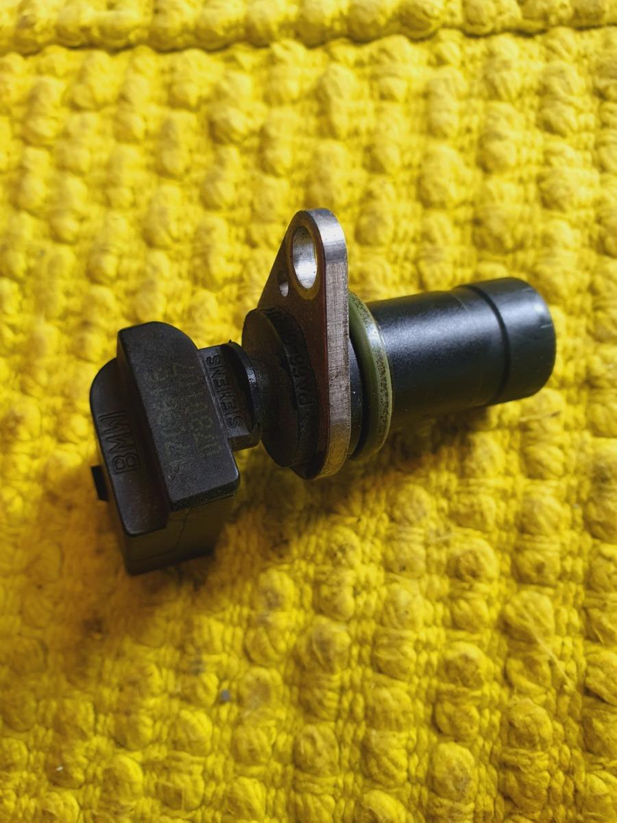 Датчик положения коленвала Bmw 5-Series E39 E39 M54B30 2002