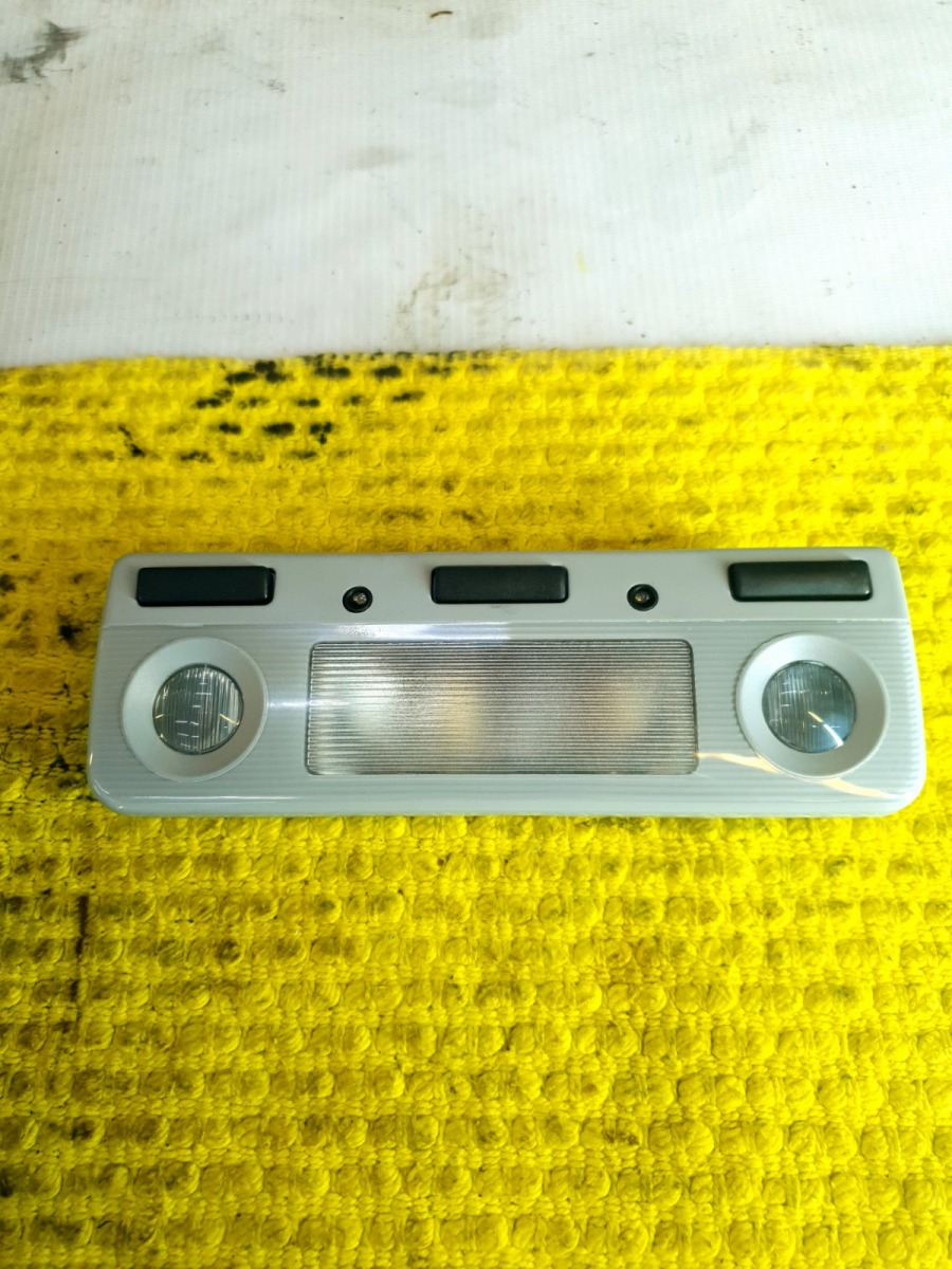 Плафон салона Bmw 5-Series E39 E39 M54B30 2001