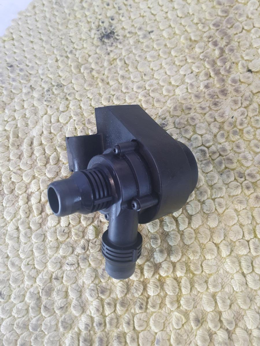 Дополнительная помпа Bmw 5-Series E60 E60 M54B25 2005