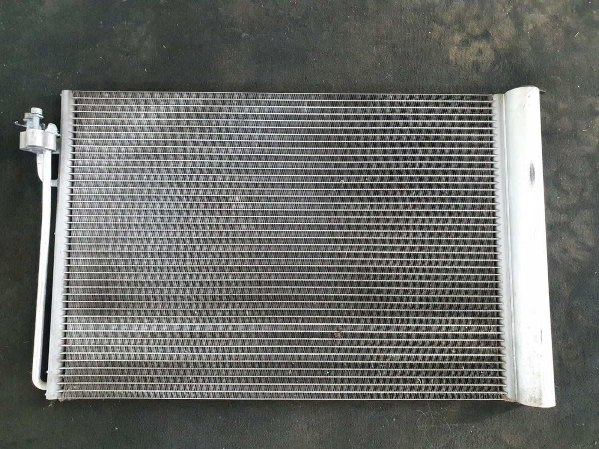 Радиатор кондиционера Bmw 5-Series E60 E60 M54B25 2005