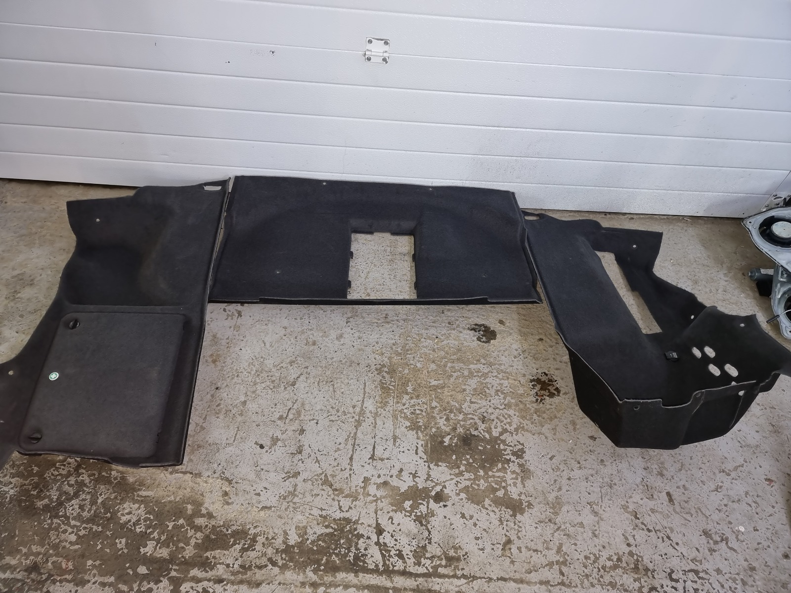 Обшивка багажника Volkswagen Passat B5+