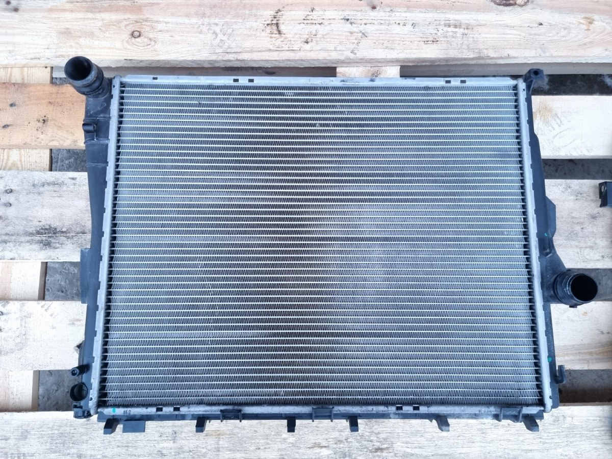 Радиатор двс Volkswagen Passat B5+