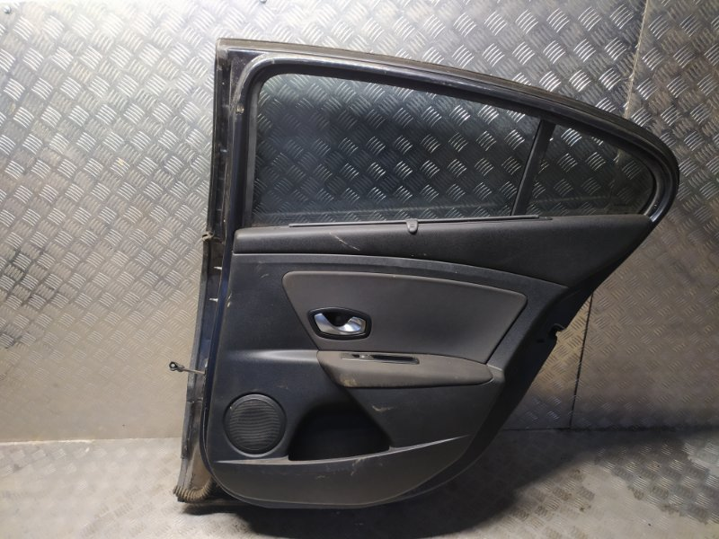 Дверь задняя правая Renault Fluence 1 L30R K4M 839