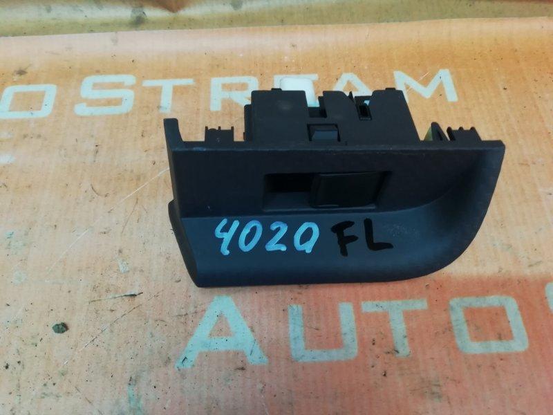 Блок управления стеклоподъемником Toyota Porte NCP141 1NZFE 2013 передний левый