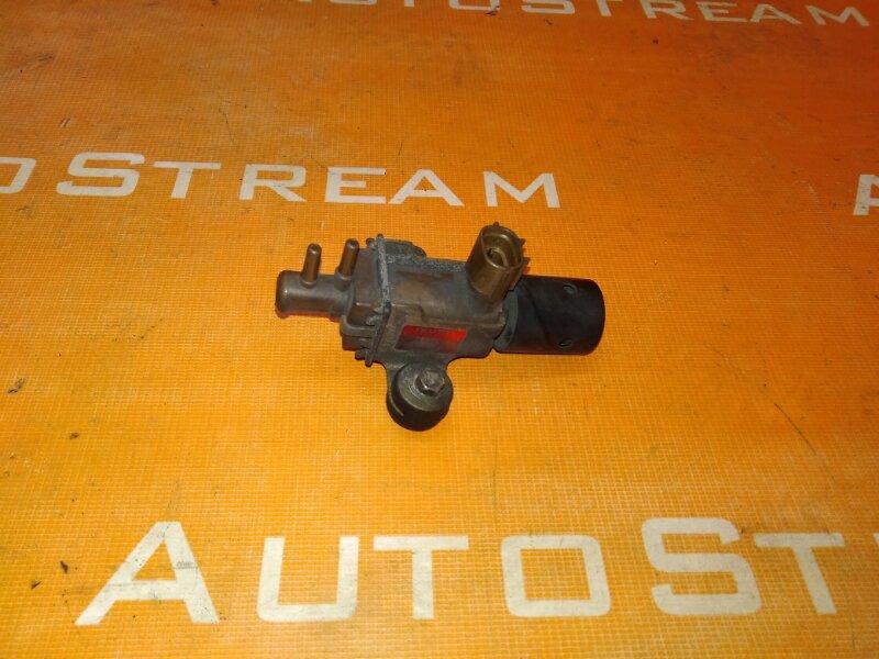 Датчик вакуумный Isuzu Bighorn UBS69GW 4JG2 1996