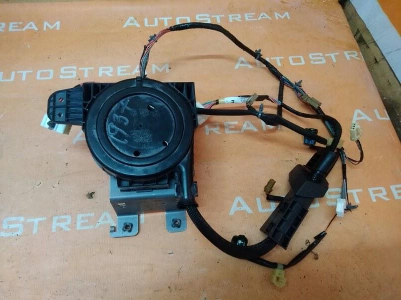 Блок управления крышкой багажника Nissan Fuga GY50 VQ35DE 2006