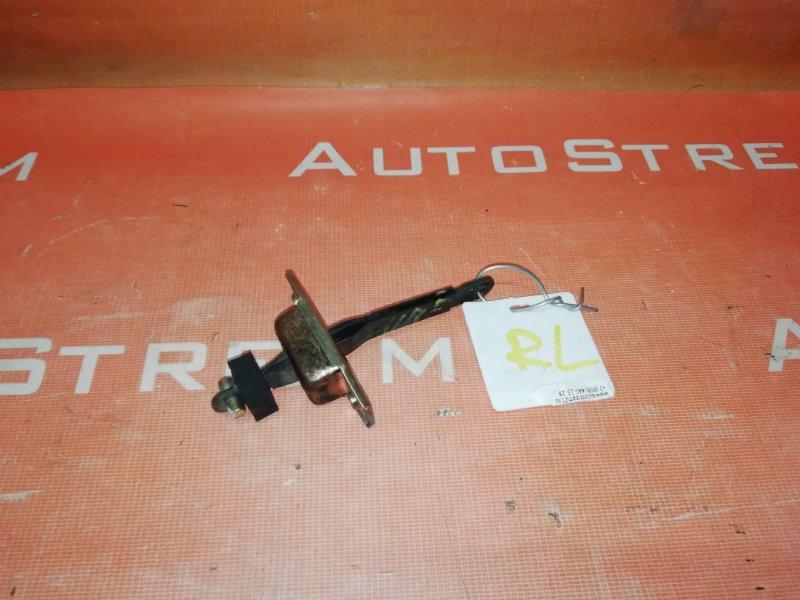 Ограничитель двери Toyota Hilux Surf LN130 2LT 1992 задний левый