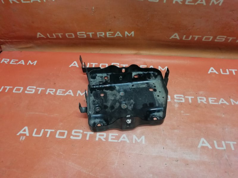 Крепление аккумулятора Nissan Serena HFC26 MR20DD 2013