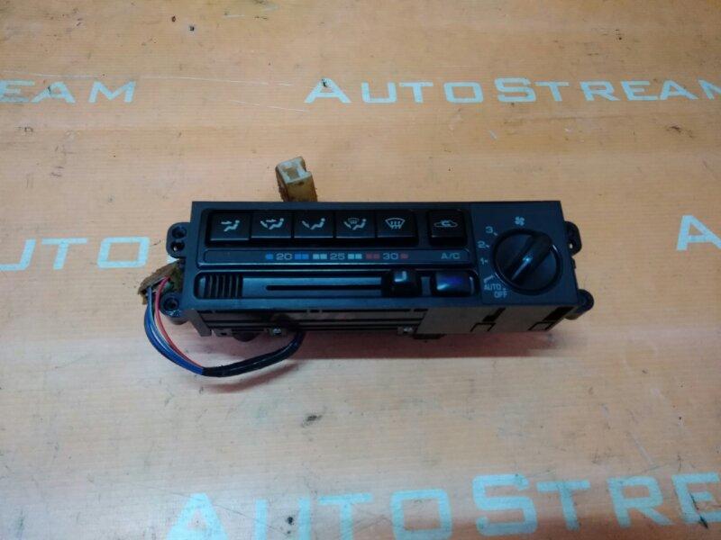 Блок управления климат-контролем Nissan Mistral R20 TD27T 1995