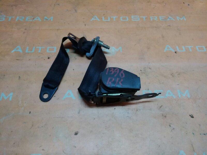 Ремень безопасности Nissan Mistral R20 TD27T 1995 задний правый