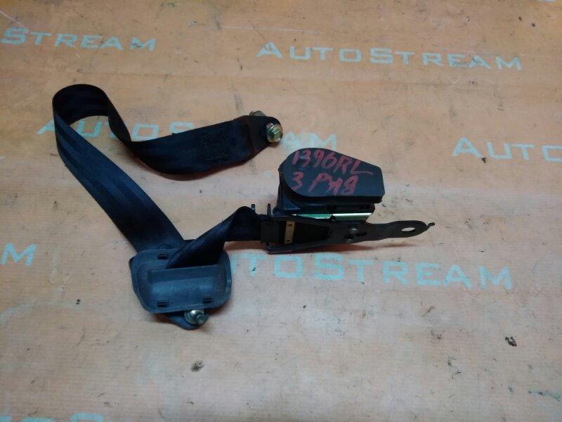 Ремень безопасности Nissan Mistral R20 TD27T 1995 задний левый