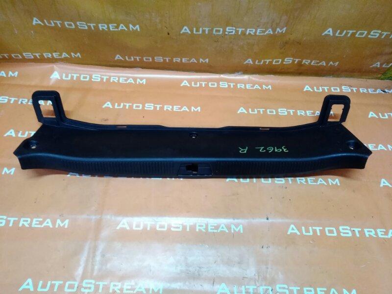 Накладка замка багажника Lexus Gs300 GRS190 2GRFSE 2008