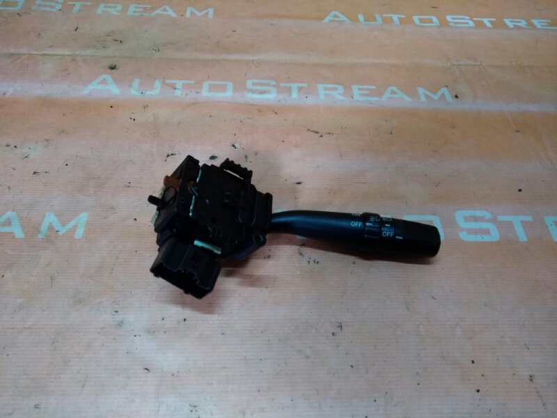 Блок подрулевых переключателей Toyota Kluger ACU20W 1MZFE 1MZFE правый
