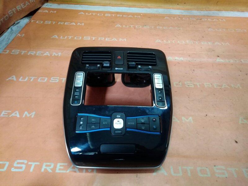 Блок управления климат-контролем Nissan Leaf ZE0 EM61 2012