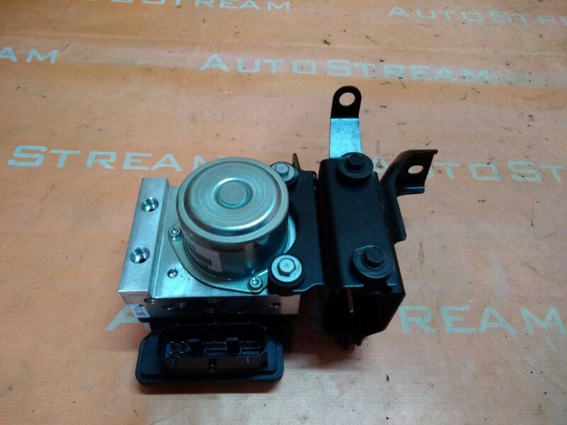 Блок abs Nissan Leaf ZE0 EM61 2012