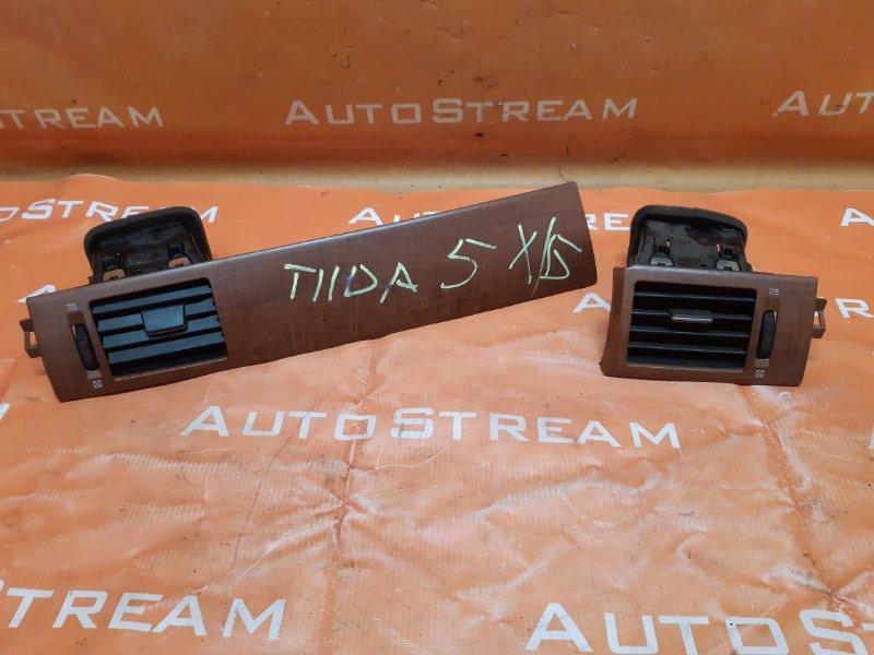 Воздуховод Nissan Tiida Latio SC11 HR15 2007
