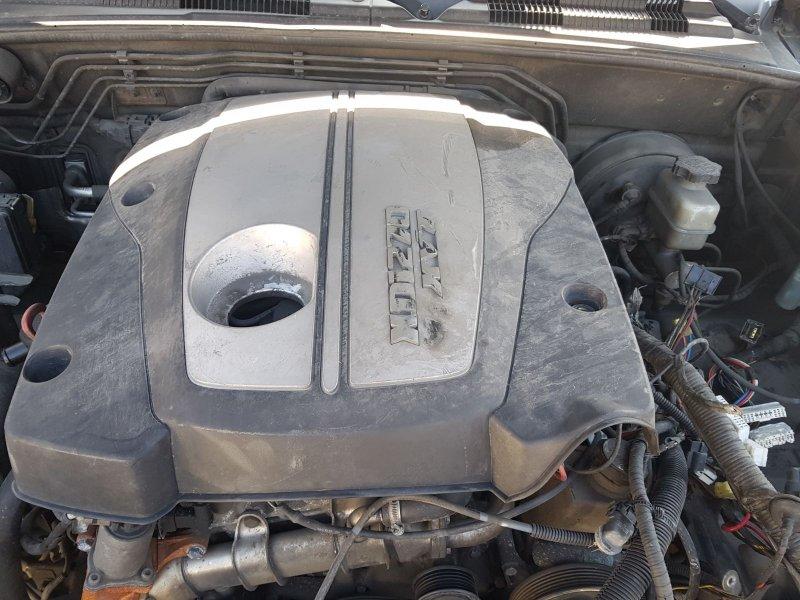Крышка двигателя Ssangyong Rexton 2008