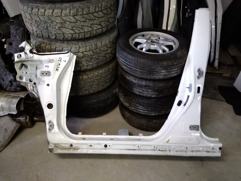 Порог кузова Toyota Prius ZVW30 2ZRFXE 2010 передний левый