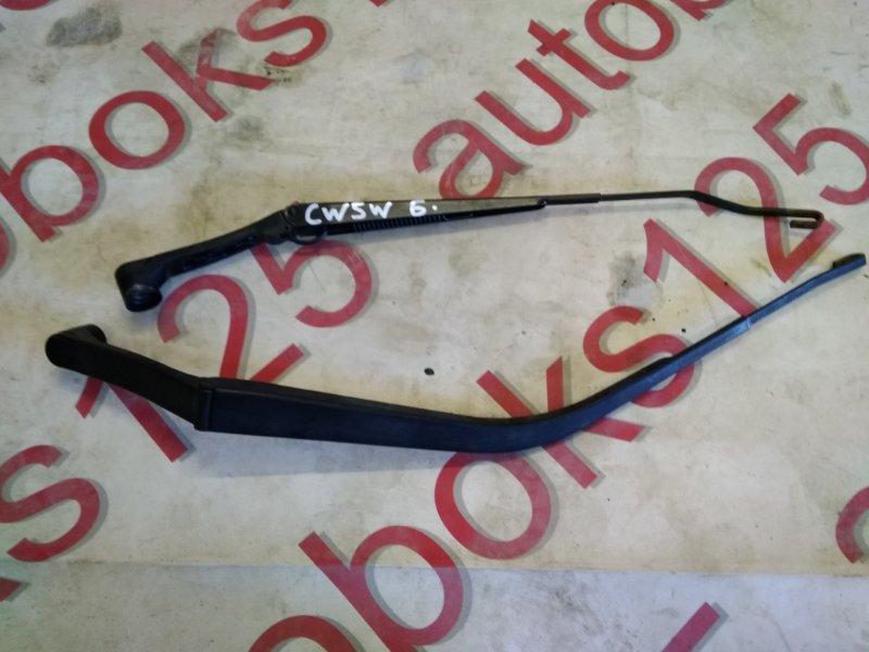 Держатель щетки стеклоочистителя Mitsubishi Outlander CW5W 4B12 2007