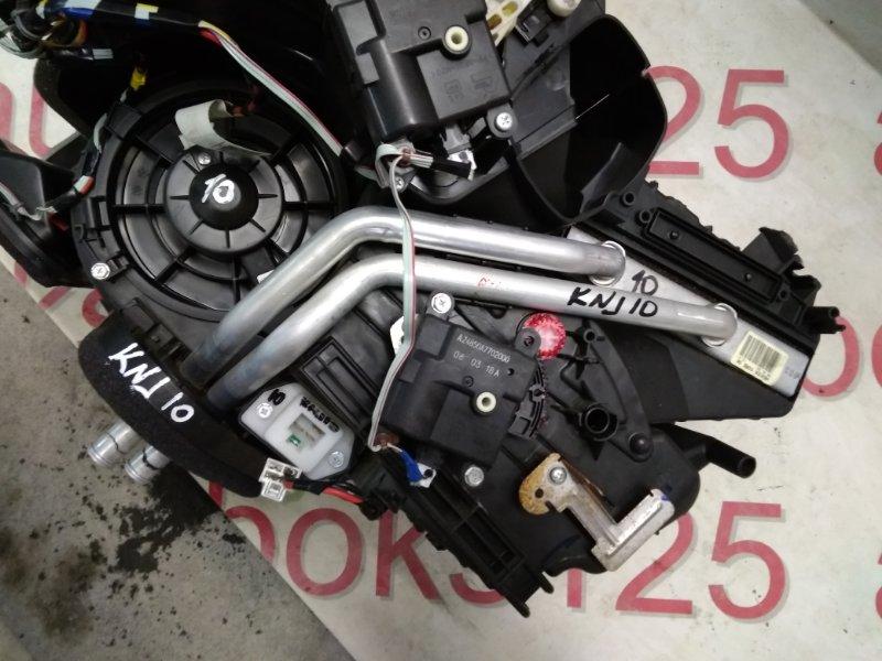 Радиатор печки Nissan Dualis KNJ10 MR20DE 2008