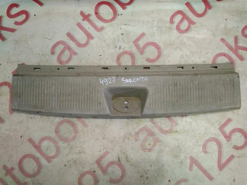 Накладка замка багажника Kia Sorento BL D4CB 2006