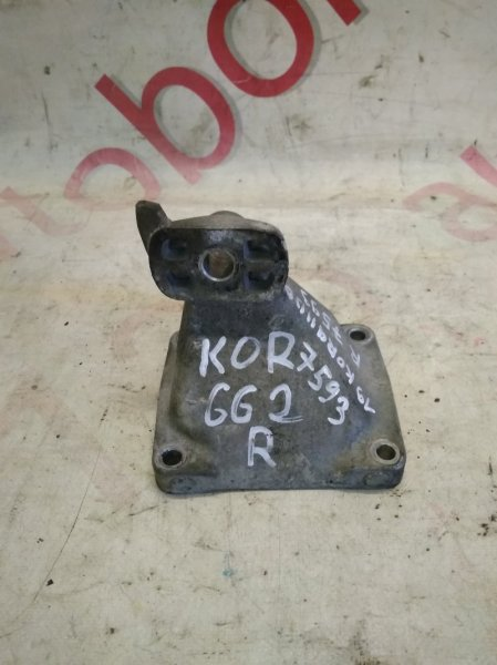 Кронштейн опоры двигателя Ssangyong Korando KJ OM662 (662 920) 2002 правый