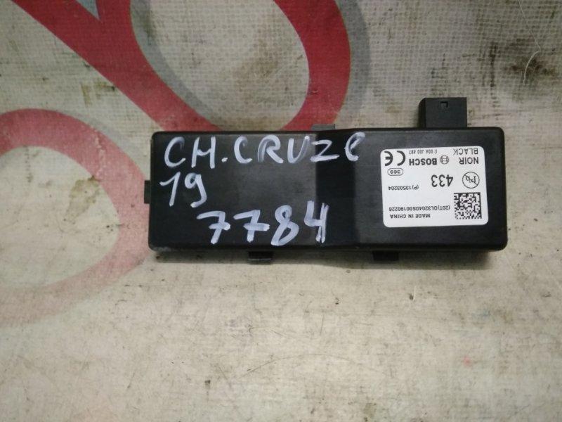 Блок управления центральным замком Chevrolet Cruze J300 F18D4 2010