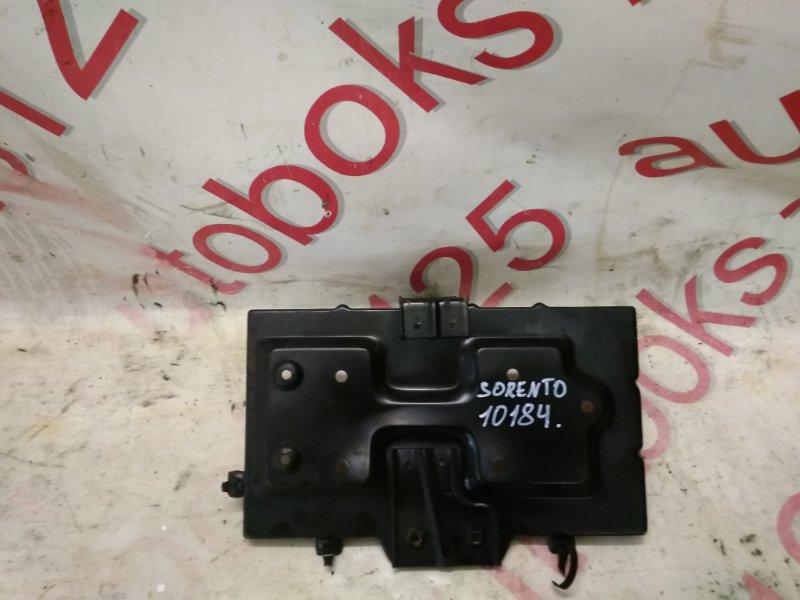 Подставка под аккумулятор Kia Sorento BL D4CB