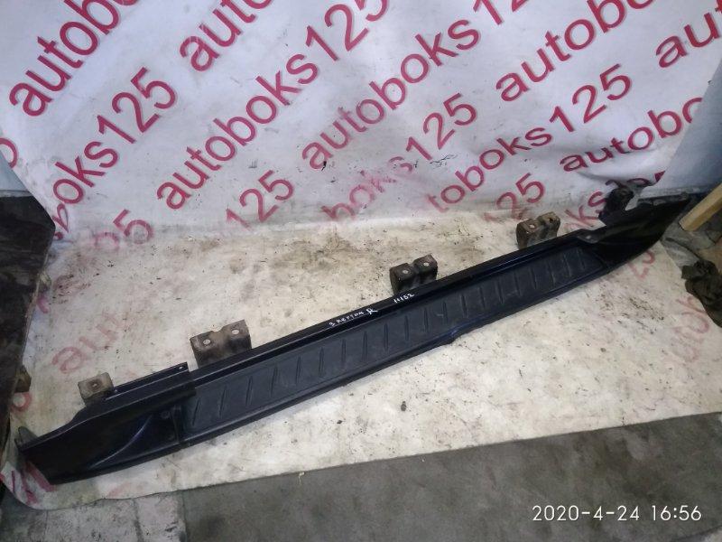 Подножка Ssangyong Rexton OM602 (662 935) 2003 правая