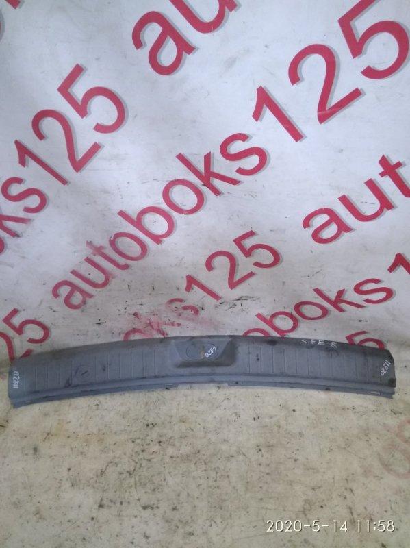 Накладка замка багажника Hyundai Santa Fe CM D4EB 2007