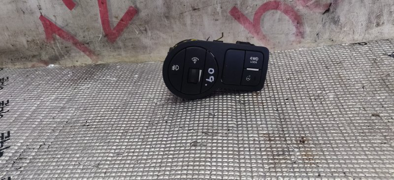Кнопка включения противотуманных фар Hyundai Ix55 EN D6EA 2007
