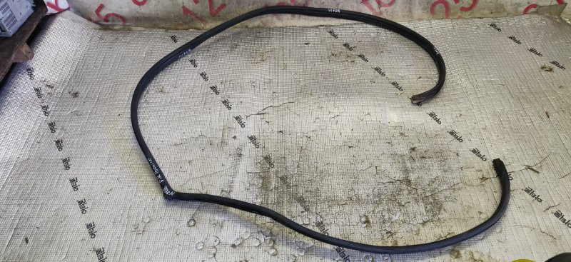 Уплотнительная резинка Kia Bongo PU J3 2011 передняя правая