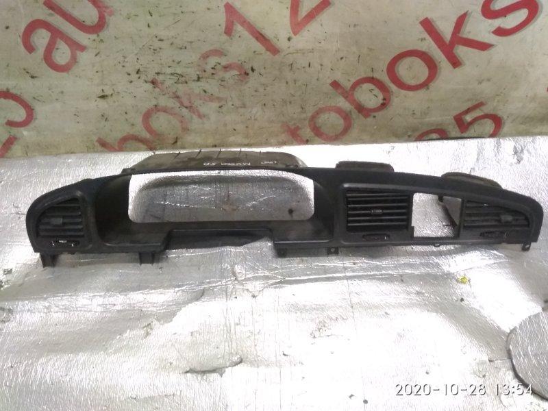 Консоль центральная Ssangyong Musso FJ OM662 (662 920) 2003