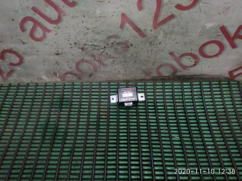 Блок управления парктроником Kia Mohave HM D6EA 2008