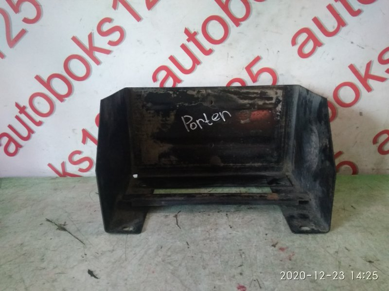 Подставка под аккумулятор Hyundai Porter D4CB 2007
