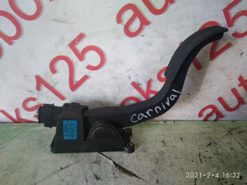 Педаль газа Kia Carnival 2006
