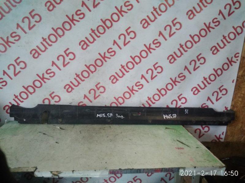 Накладка на бампер Ssangyong Musso FJ OM662 (662 920) 2003 задняя